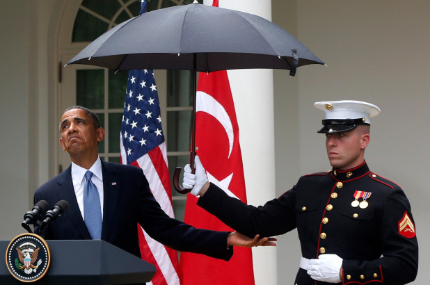 marine-umbrella-obama.jpg
