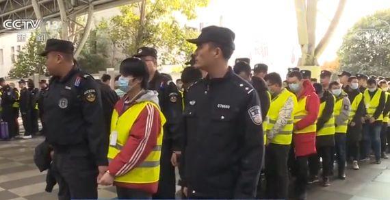 诈骗团伙藏身蒙古酒店实施诈骗 700多人被遣返回国