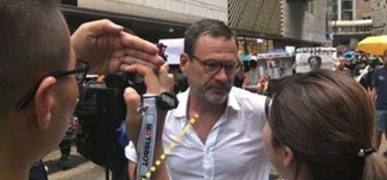 英政客又想插手香港事务 港建制派怒斥:你们没资格