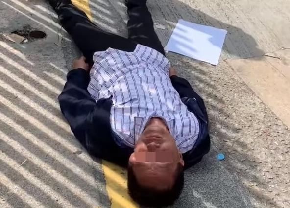 香港七旬老人被暴徒砸头后离世 港府:必将暴徒绳之于法