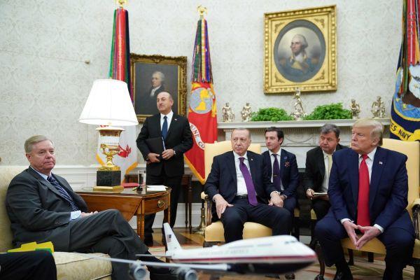 美土总统见面大事基本没谈拢 特朗普:买卖可照做