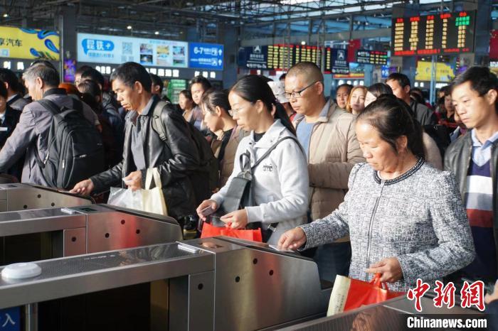 云南昆玉河铁路将开通电子客票业务