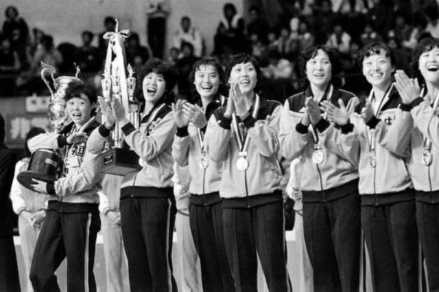 那些年一起追过的中国女排,带给我们什么样的精神4.png