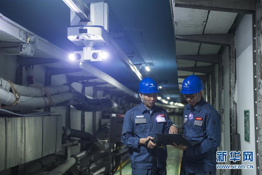 (图文互动)(2)穿越地下22公里的光亮——内地对澳输电500亿千瓦时