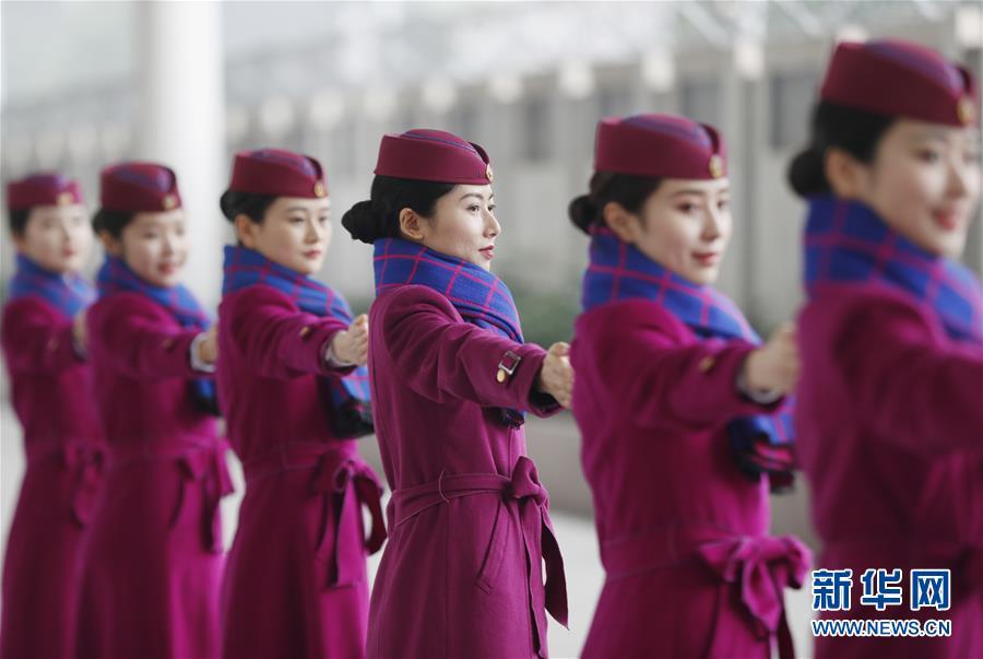 重庆客运段动车一队高铁乘务员培训迎春运