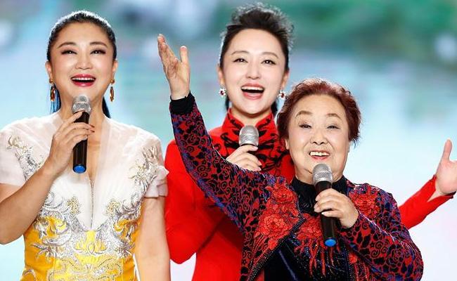 """中国文学艺术界联合会2020春节大联欢""""在京举行"""
