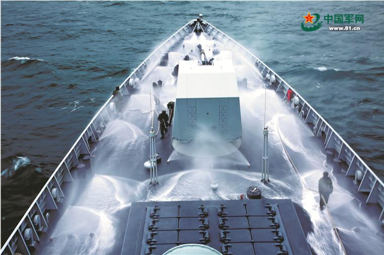 战斗警报!新型驱护舰考核上演惊险大片