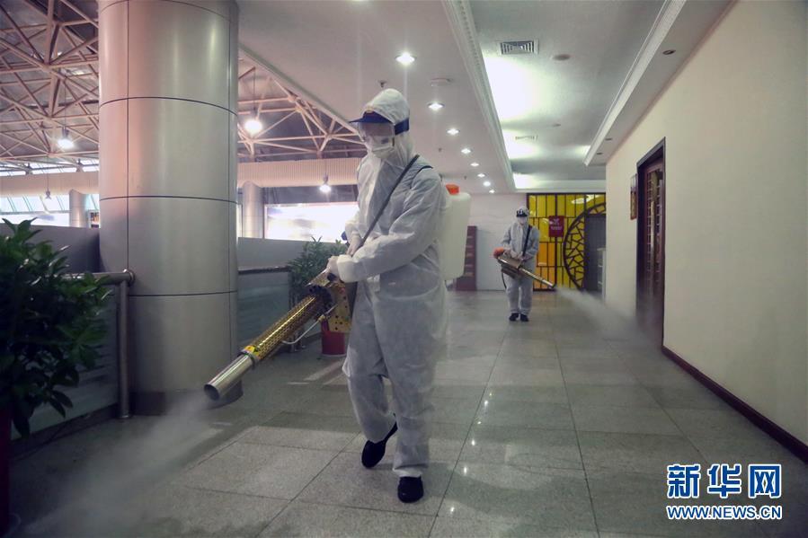 湖北宜昌三峡机场开展全面消杀