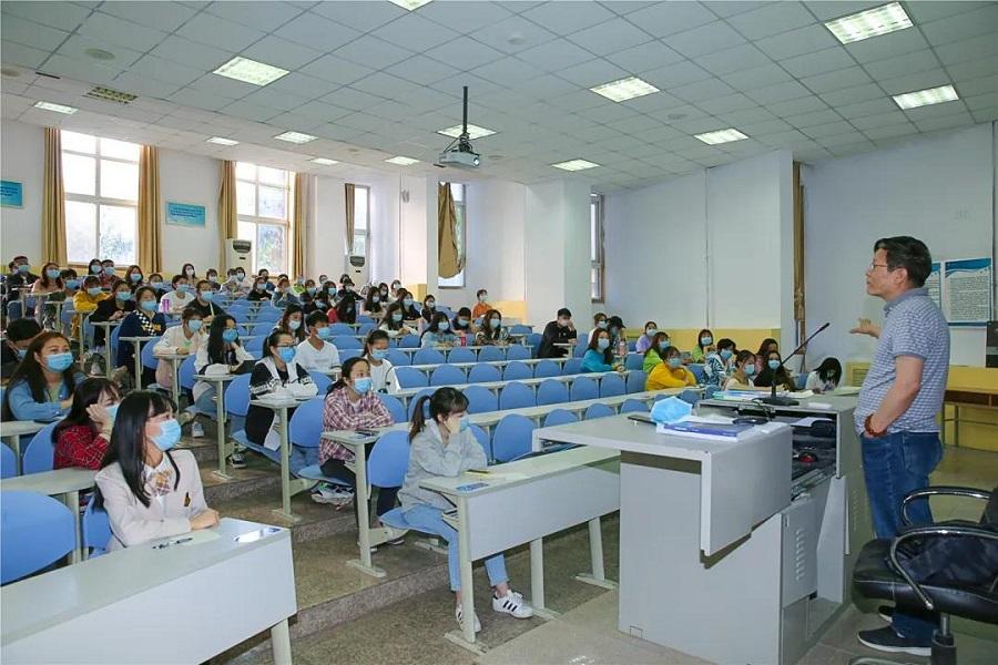 西安翻译学院:学子重回学堂