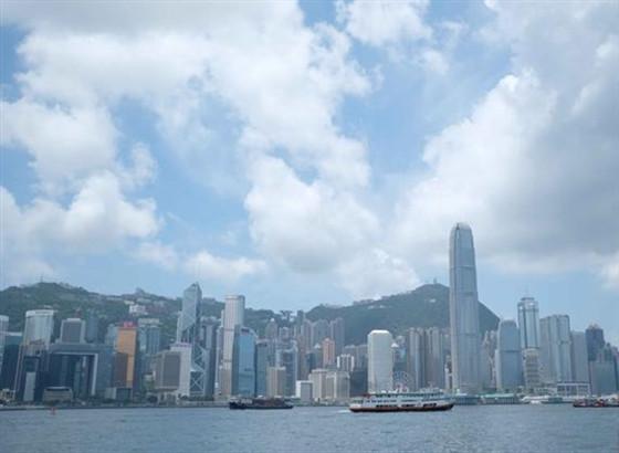 香港政务司:政府善用资源 全力落实各项惠民措施