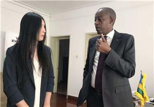 卢旺达驻华大使:詹姆斯·基莫尼奥