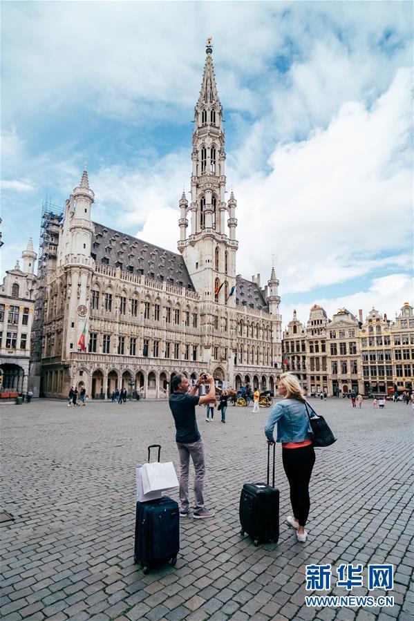 比利时布鲁塞尔游客逐渐增多