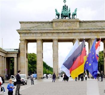 德国再掌舵欧盟,默克尔卸任前挑战重重