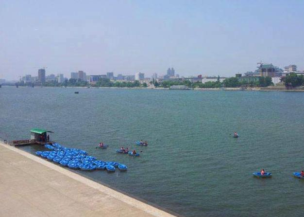 欣赏大同江的新风景