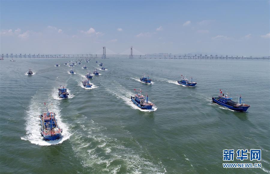 福建泉州:休渔全面结束 渔船开渔出海