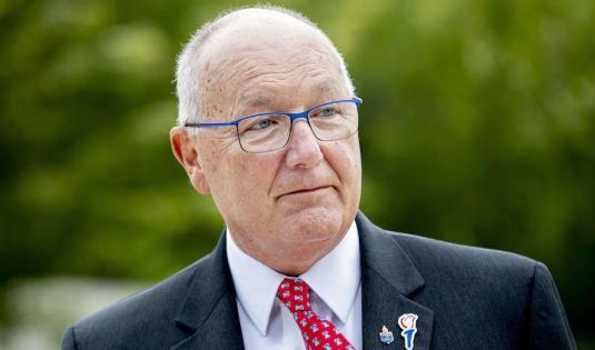荷兰指控美国驻荷大使干预东道国政治