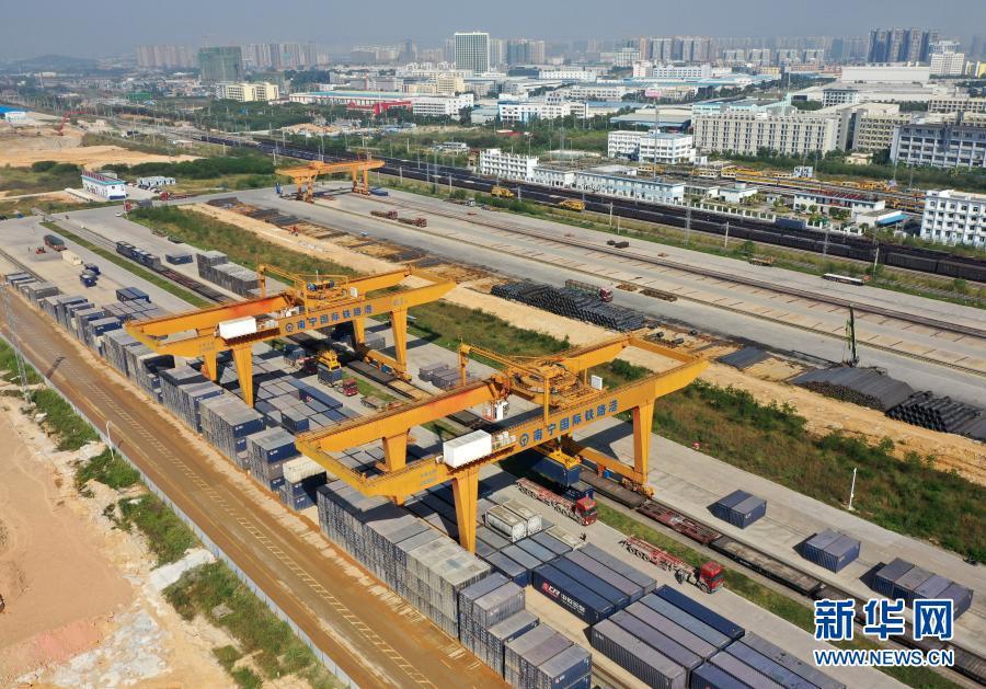 广西:倾力打造陆海新通道 畅通与东盟经贸往来
