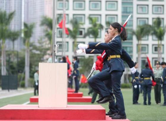 驻澳部队重启中学生国旗手培训活动