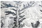 俯瞰黄土高原云海雪山