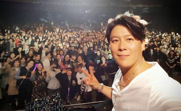 韩国男歌手李在勋