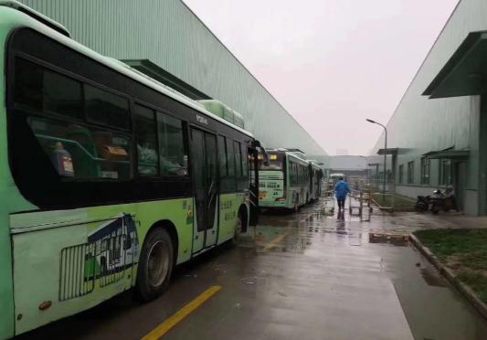 美菜联手公交集团  为武汉搭建蔬菜便民快车