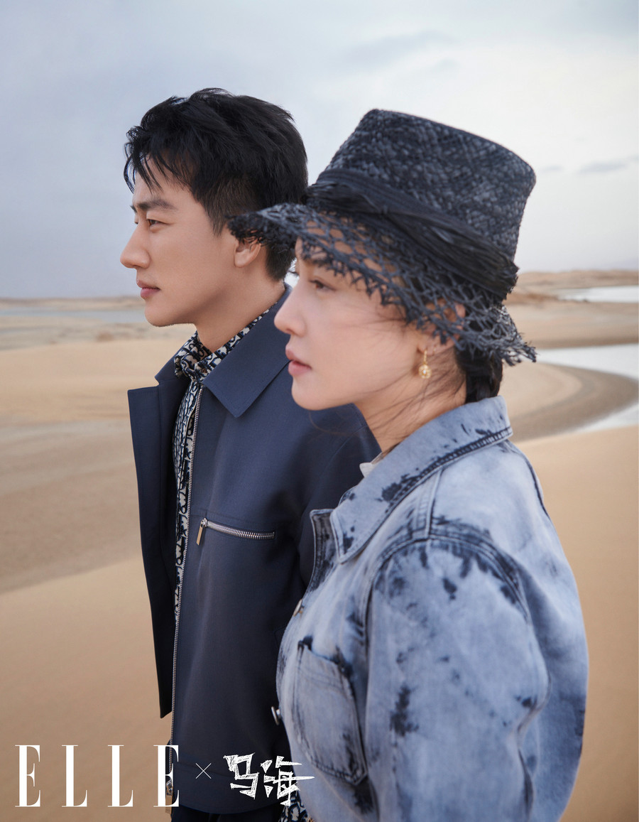 杨子姗携手黄轩拍摄沙漠大片