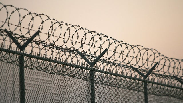 gettyimages-jail-fence-prison.jpg