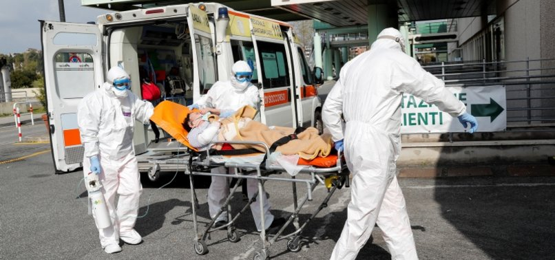 806x378-italy-coronavirus-deaths-rise-by-812-number-of-new-cases-falls-sharply-1585585175936.jpg