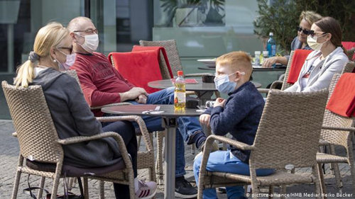 海外网评:奥地利口罩强制令,折射西方防疫观念正在转变