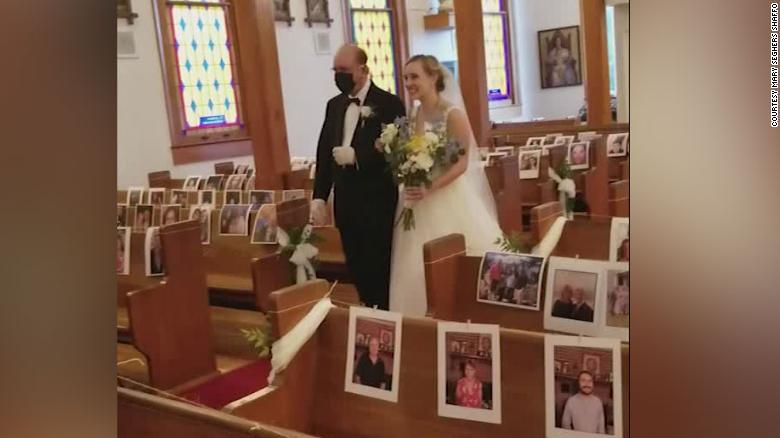 200422113833-nurses-social-distance-wedding-trnd-exlarge-169.jpg