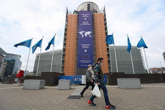 """海外网评:疫情冲击下,欧美试图""""改造""""经济全球化"""