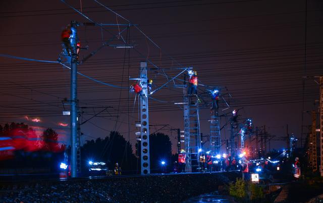 热看:京哈铁路朱各庄至