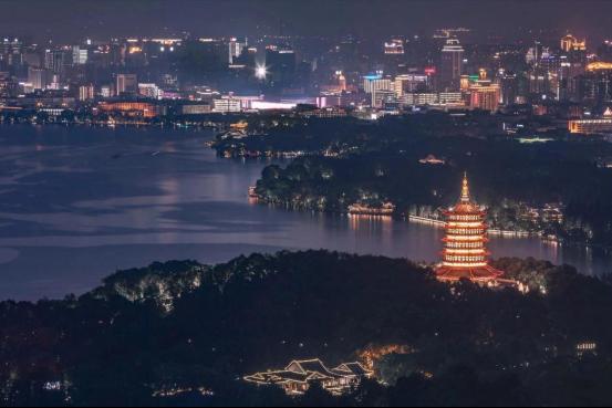 网络国际传播第二篇稿件:杭州创造消费新场景,大力发展夜经济428.png