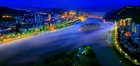 网络国际传播第二篇稿件:杭州创造消费新场景,大力发展夜经济464.png