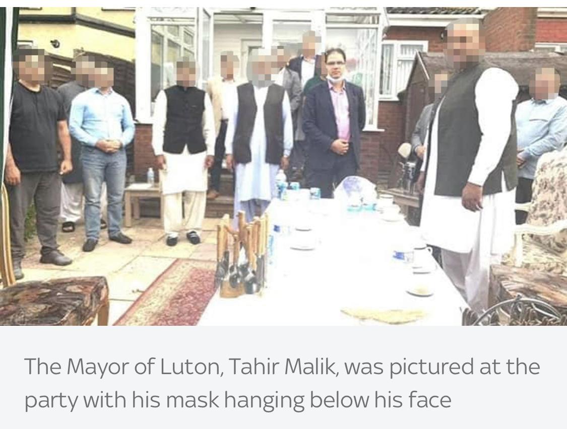 英国一市长疫情期间违反封锁令参加派对 已引咎辞职