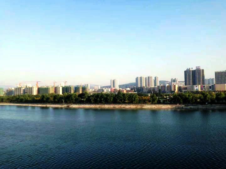 县城一角微信图片_20201120211839_1.jpg