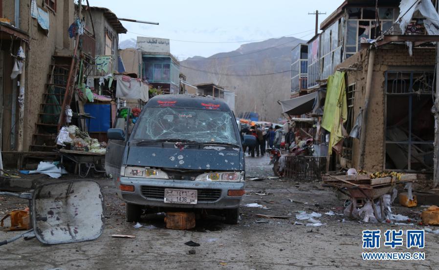 阿富汗一市场发生连环爆炸