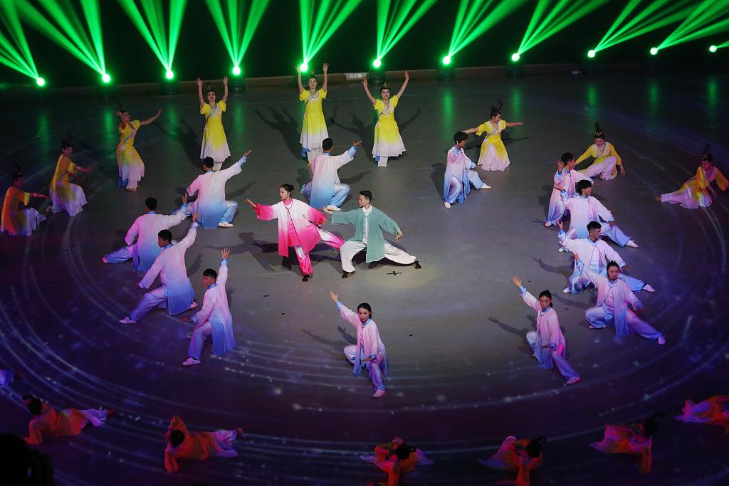 河南焦作:太极拳传承发展大会开幕式在陈家沟举行
