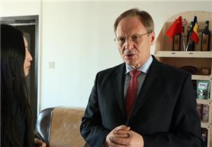 摩尔多瓦驻华大使:杜米特鲁·贝拉基什