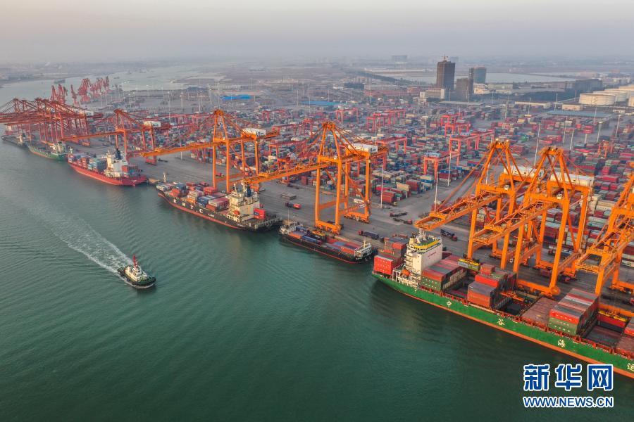 广西钦州港货运忙