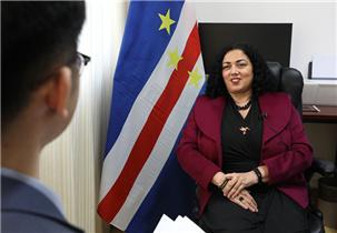 佛得角驻华大使:塔尼亚·罗穆阿尔多