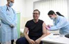 武契奇接种中国新冠疫苗