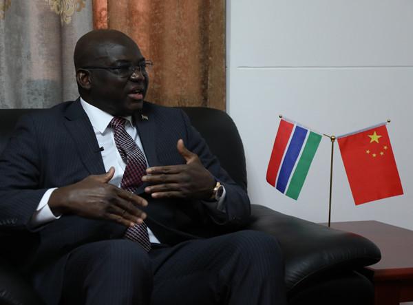 冈比亚驻华大使:马萨內·纽库·康蒂