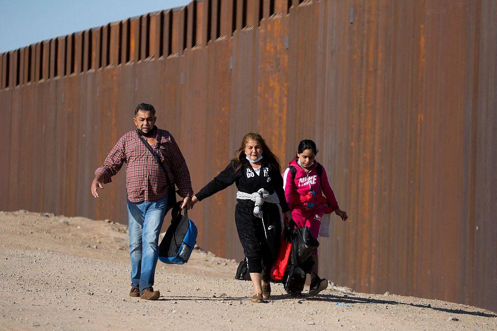 美国拘捕非法越境人员数量创15年新高