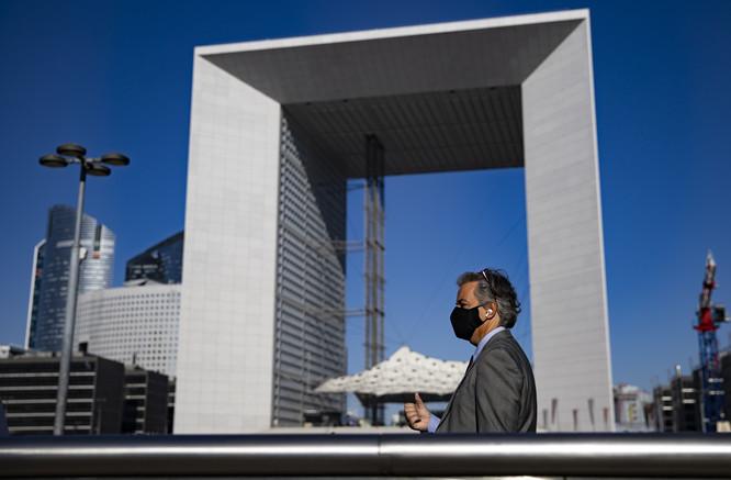 法国少儿报纸刊登涉疆不实内容,中使馆:敦促正视问题严重性,保证不再犯