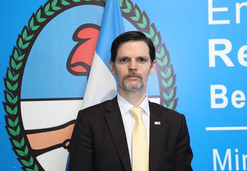 阿根廷驻华大使:牛望道
