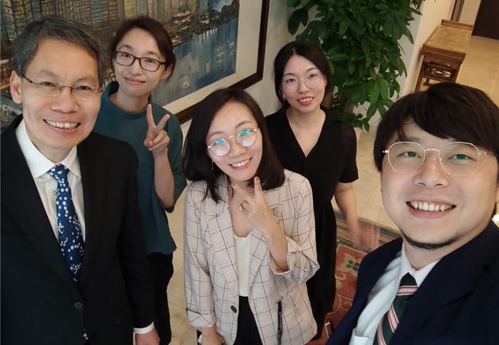 """新加坡驻华大使的""""中国游记"""""""