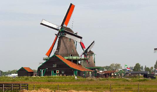 德国疫情反弹持续 将荷兰等多国列为风险地区