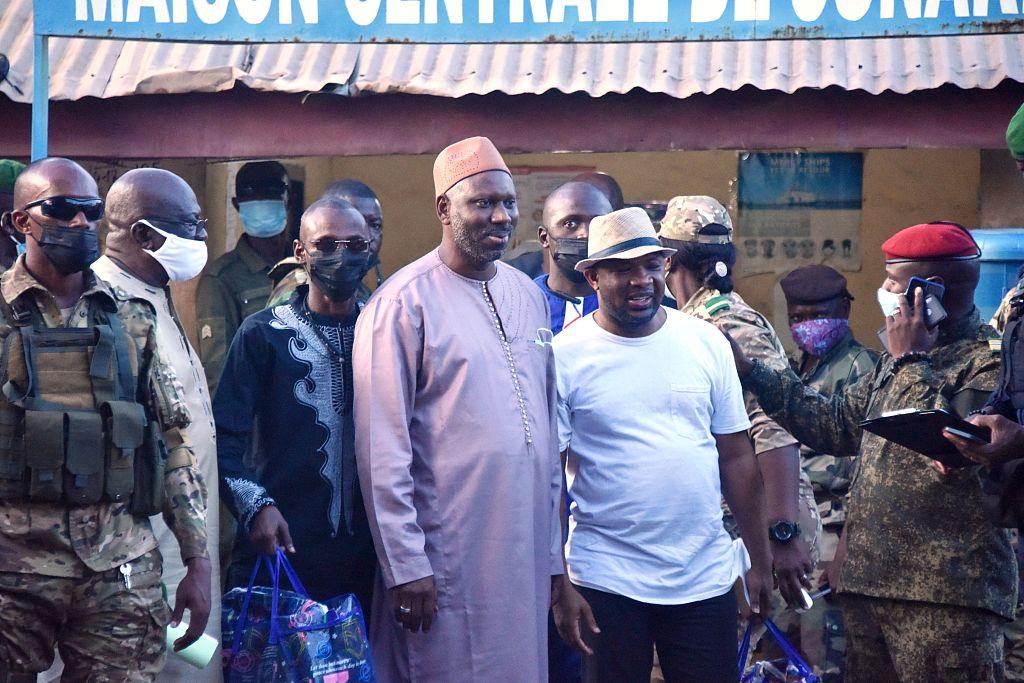 几内亚政变军方释放首都监狱第一批政治犯