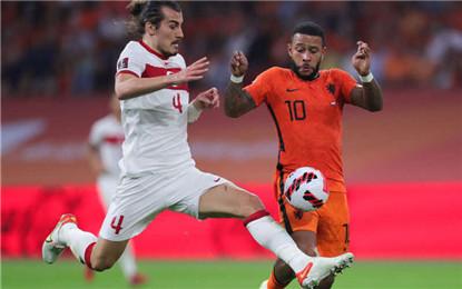 世預賽歐洲區綜合:荷蘭大勝土耳其 法國力克芬蘭